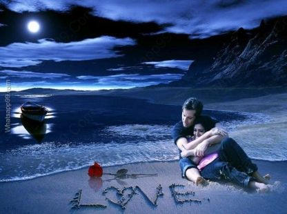 love-couple-at-beach-in-romantic-night
